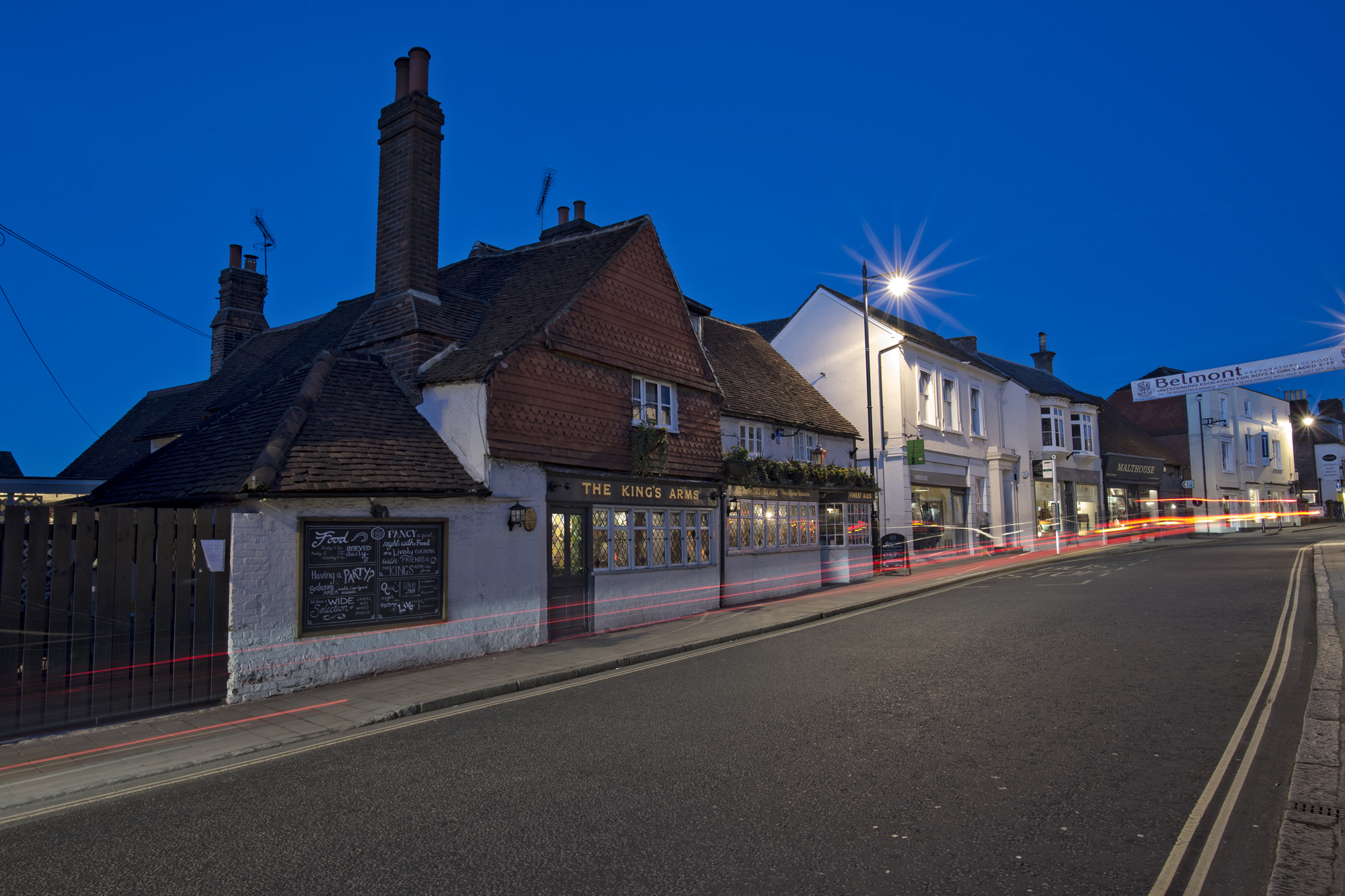 Kings Arms, Dorking - Exterior